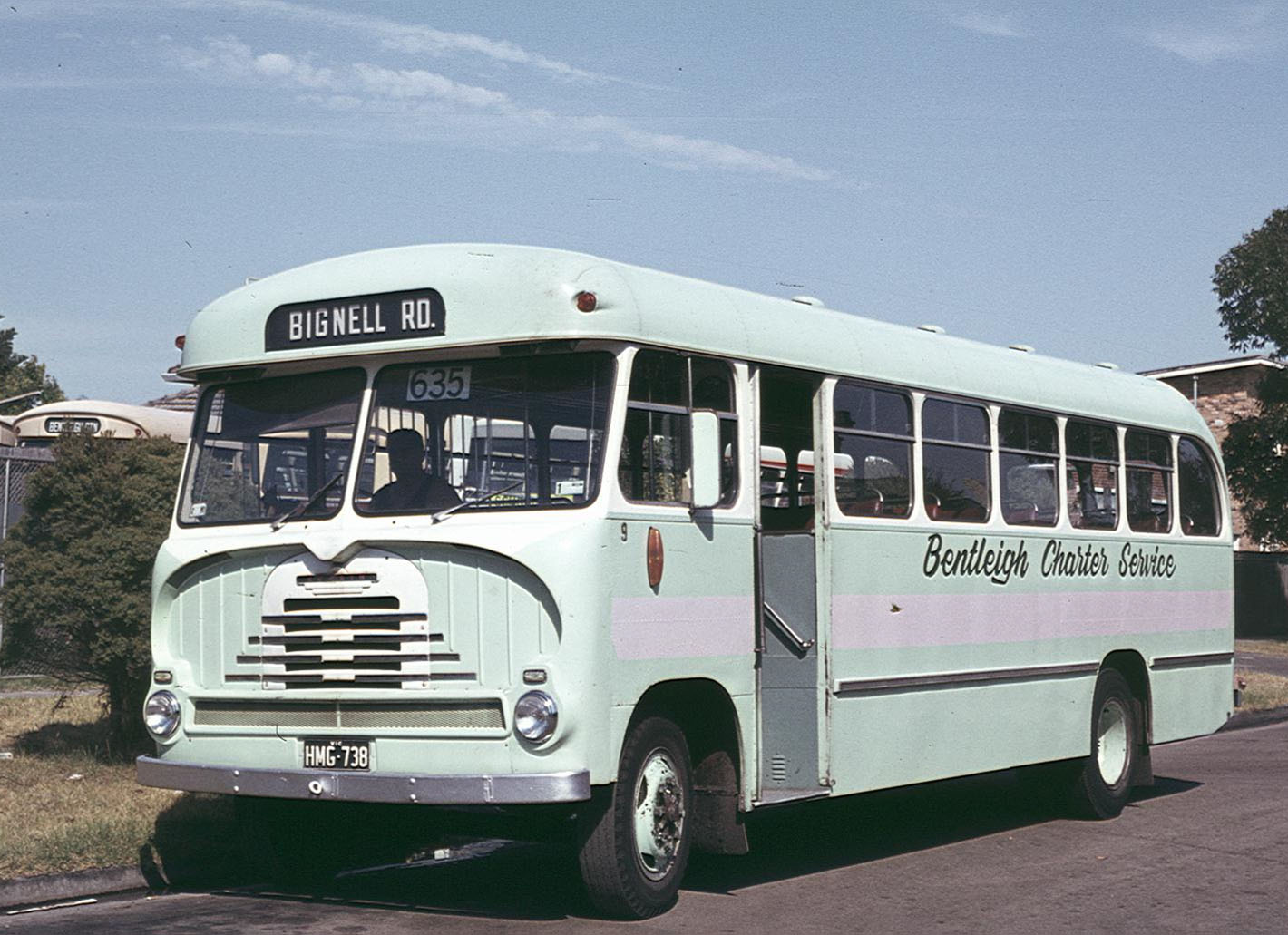 HMG 738 a 1961 Bedford SB3/ Comair was one of the regular buses on the Bentleigh to South Bentleigh run for many years and shows the green and mauve livery. (Bruce Tilley)